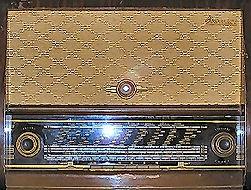 vieux poste de radio