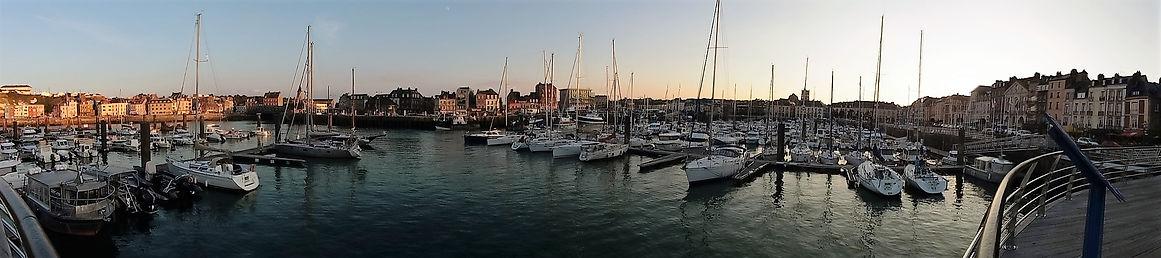 vue panoramique du port de Dieppe