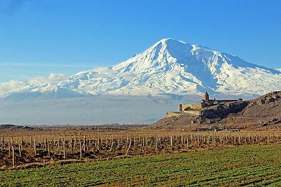Le Mont Ararat , le monastère Khor Virap