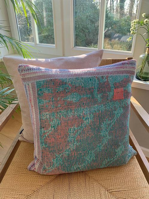 Cushion 'Sari / Milkshake' - 3