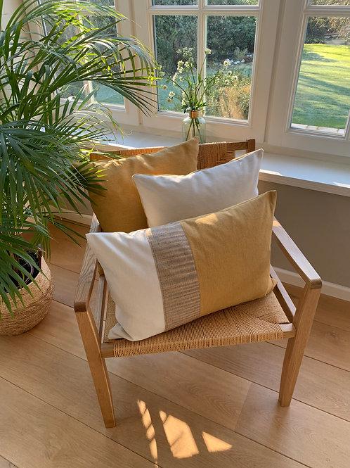 Cushion ' Silk / Nugget / Ivory'