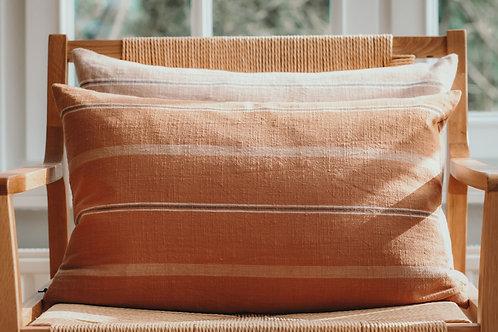 Cushion 'Kyoto' dark caramel