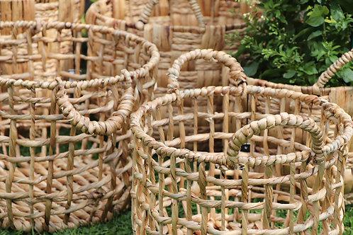 Basket round open water hyacinth natural