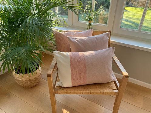 Cushion ' Ivory / silk rose / Milkshake'