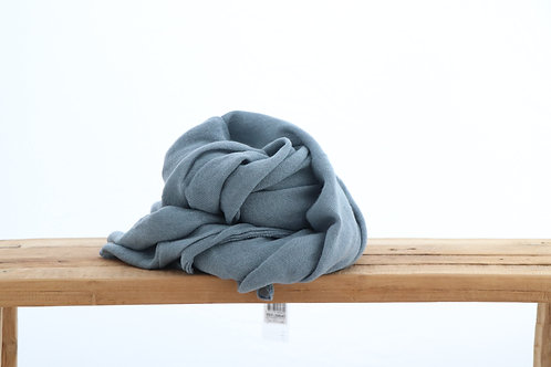 Scarf grey blue