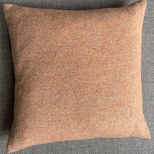 Cushion wool 'Isa'