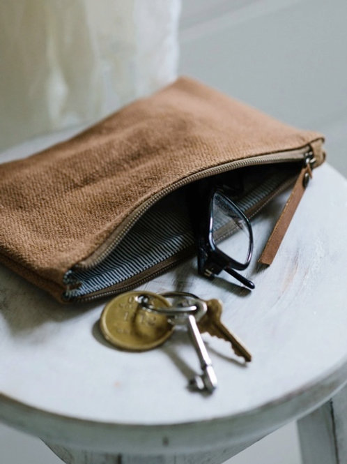 Pouch camel S