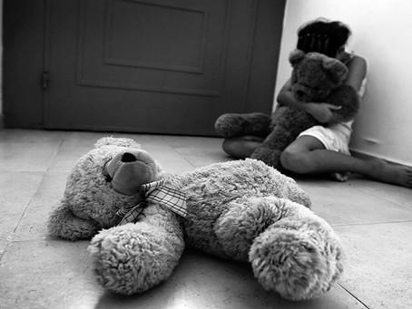 Penas severas para delitos sexuales contra menores deben mantenerse en la JEP: Senadora Maritza Mart