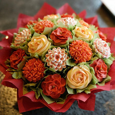 Cupcake Bouquet Decorating Class_edited.