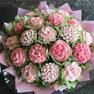 Pretty in Pink Cupcake Bouquet