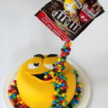 M&M Anti Gravity Cake