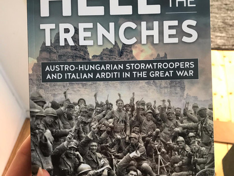 Recension: Hell in the Trenches