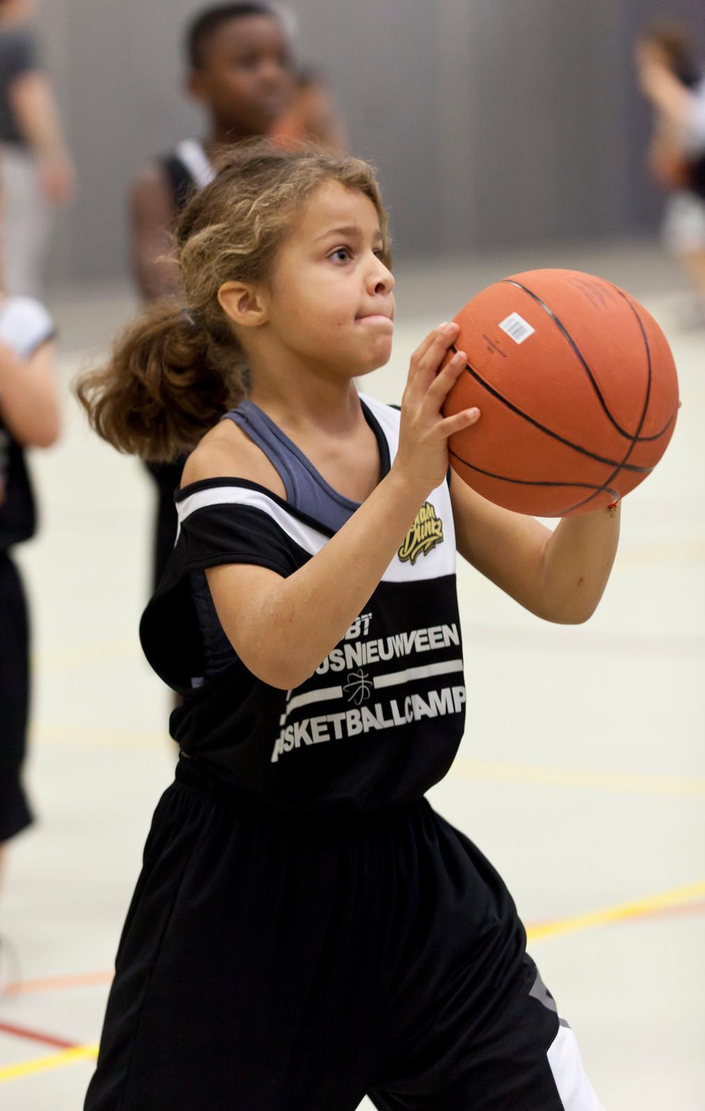 Marlous Nieuwveen Basketball Camp Leiden