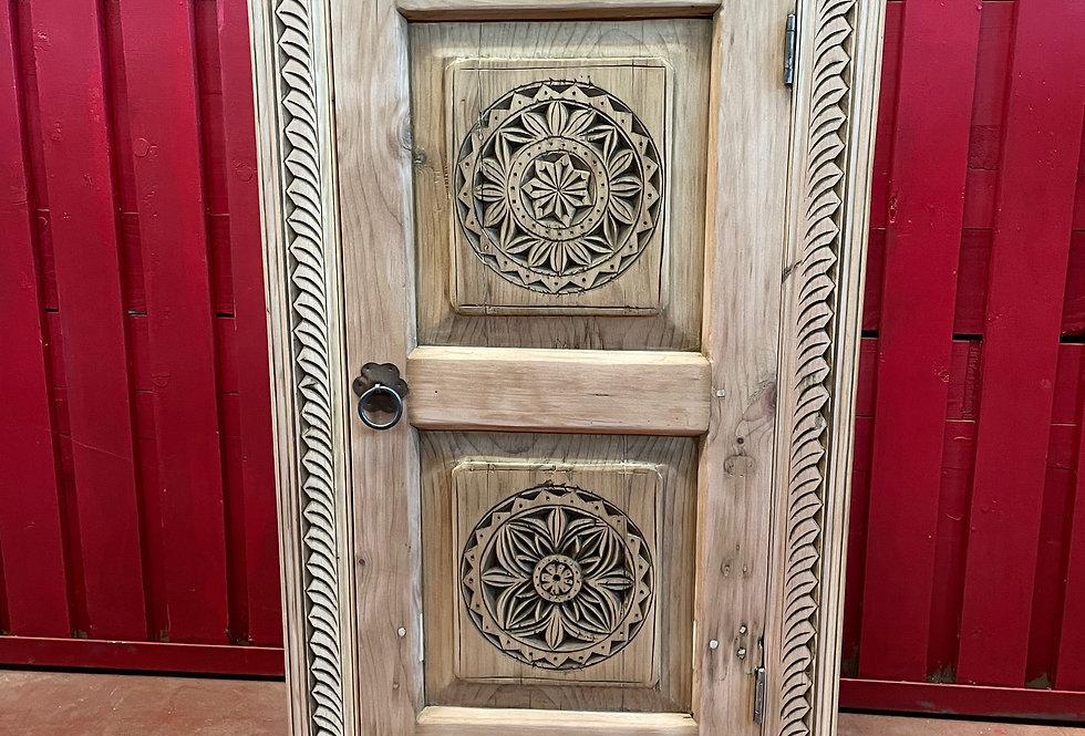 Petite Bonnetière N°62 une porte en cèdre de l'Himalaya