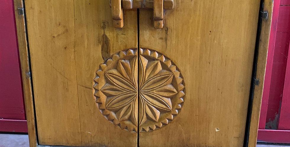 Petite armoire traditionnelle, Chine, XXème
