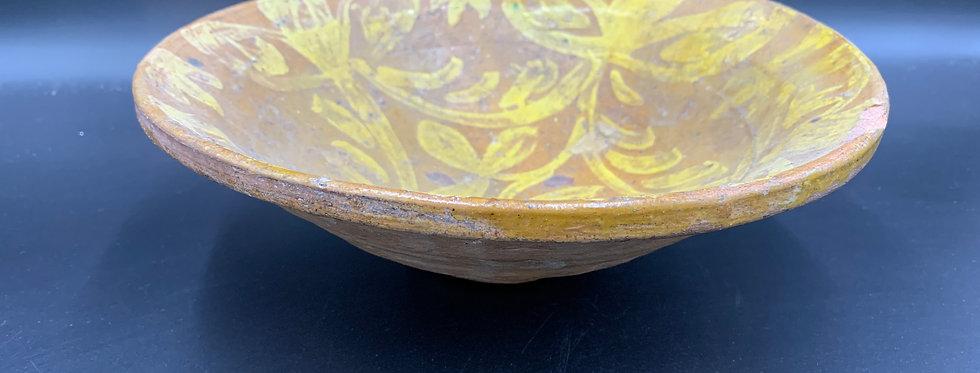 Pakistan Multan, Ancien Plat en Terre-cuite vernissée à décor floral jaune
