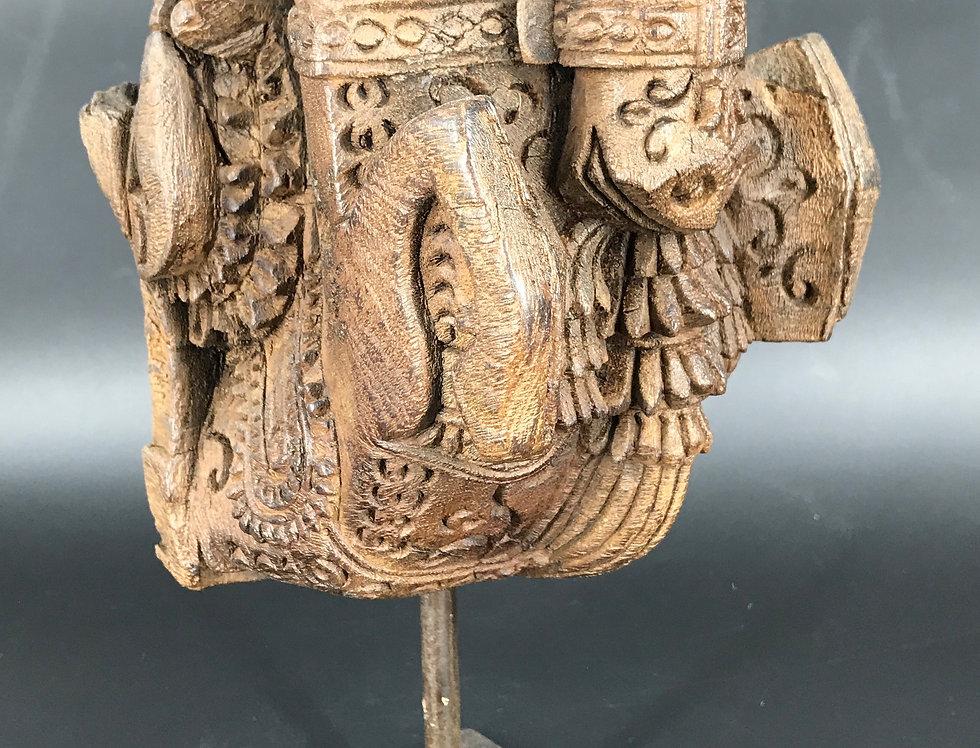 SCULPTURE ARCHITECTURALE BOIS de l'INDE DU SUD, représentant un cheval ailés