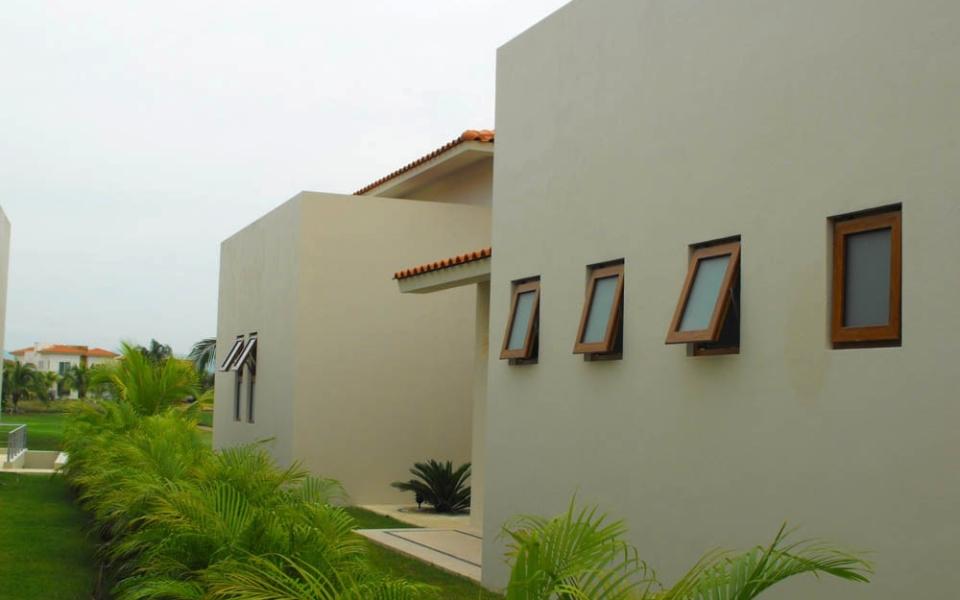 Ventana Proyeccion PVC 6