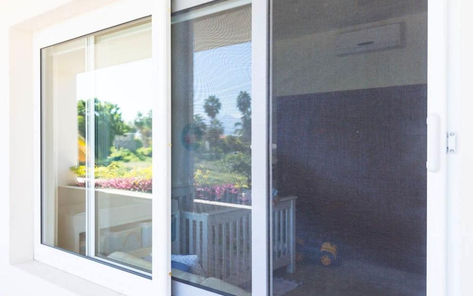 ventana corrediza PVC 3