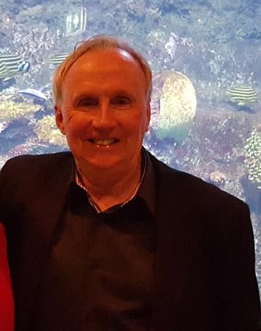 Micks' Winch Famous Fisho - Denny Hodgson
