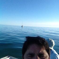 Rowey's selfie with the ocean