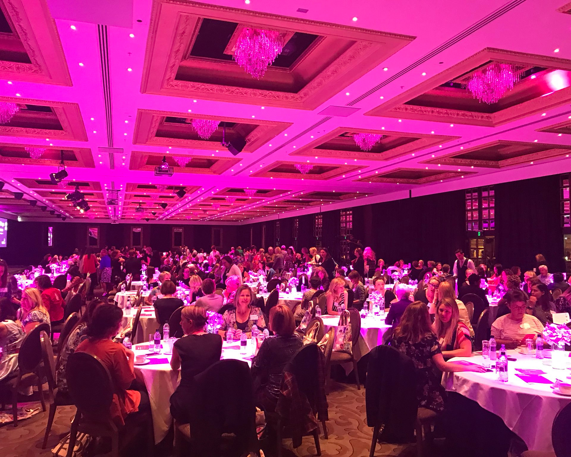 What do 540 women in one leadership conference look like? #stunning #powerful #connected #smart #boldsteps @francesvnz @joan_withers @jacindaardern @PrestigeLaw @IoDNZ
