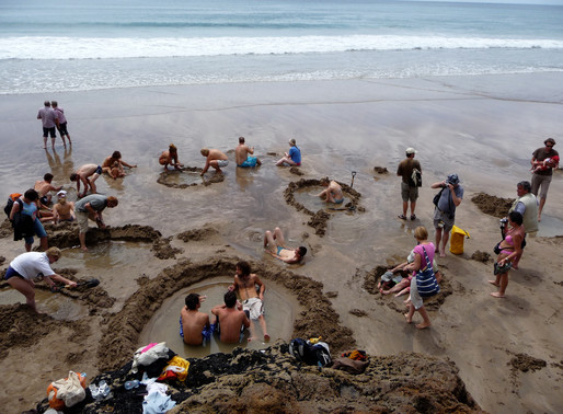 Grab a Shovel & Dig Your Own Hot Tub at Hot Water Beach