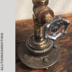 Tap detail lamp