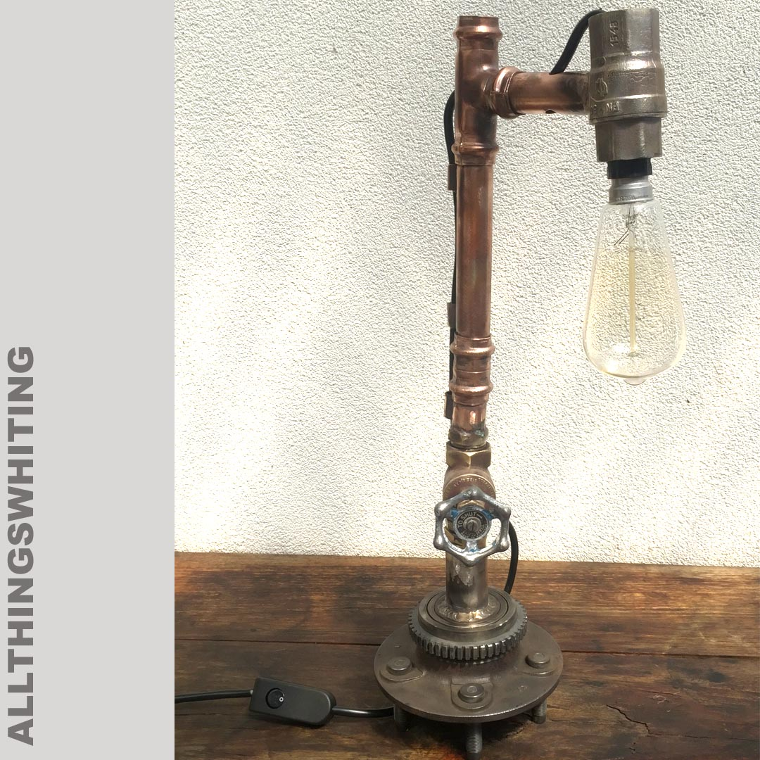 Dereks lamp