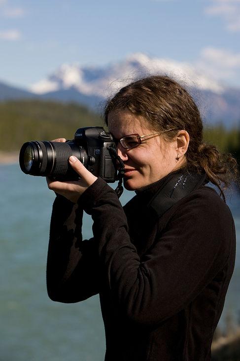 Wanda Shooting Rockies.jpg