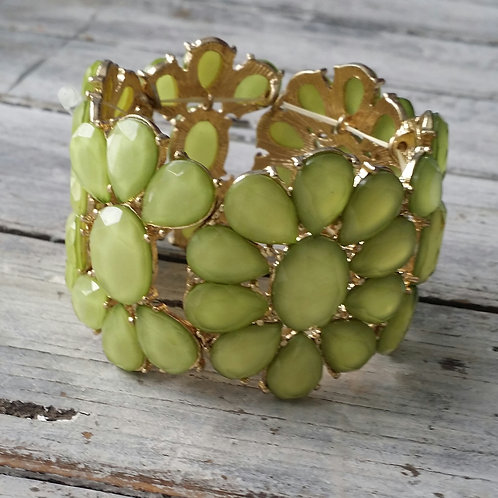 Celadon stretchy bracelet