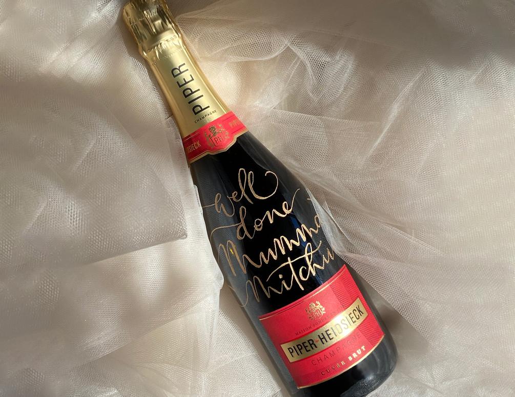 Baby-Mumma-Gift-champagne-engraving.jpg