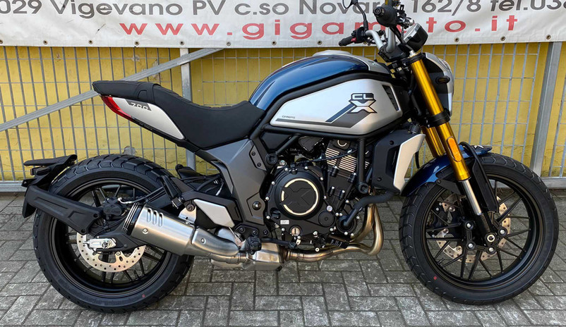 CF Moto 700 CLX