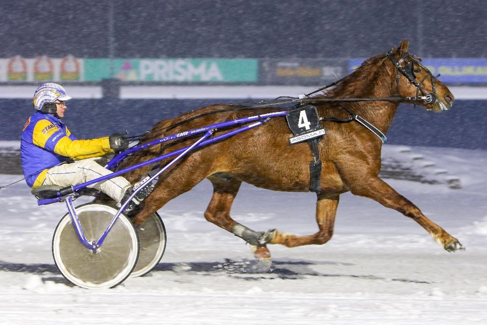 Lumettaja voittostartissa Mikkelissä 1.3.2020, kuva Satu Pitkänen