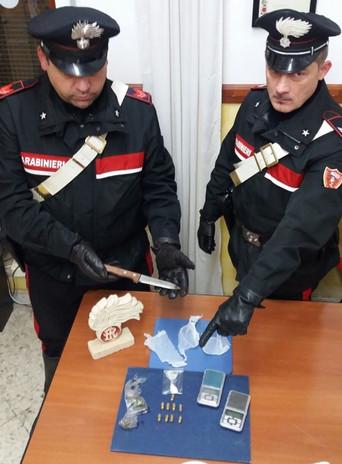 Andria: droga e munizioni domestiche