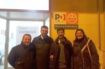 Antonio Decaro, componente della direzione nazionale del PD, ha visitato la sede del Circolo di Albe