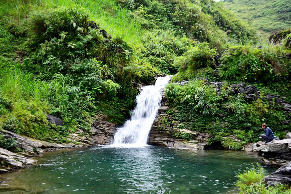 du-gia-waterfall.jpg