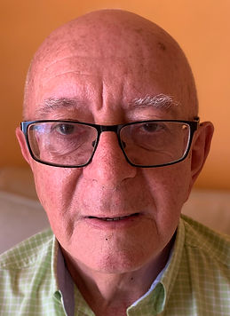 Harry photo bio.jpg