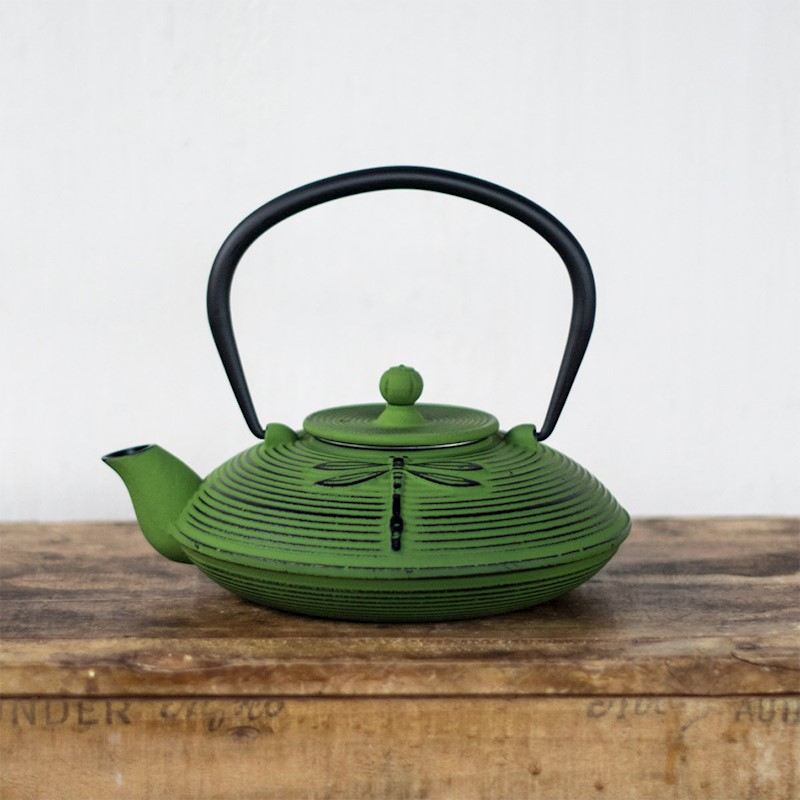 teaology-cast-iron-teapot-770ml-dragonfl