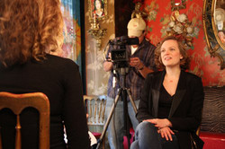 interview_with_elizabeth_moss_in_simone_photo_by_oren_shai