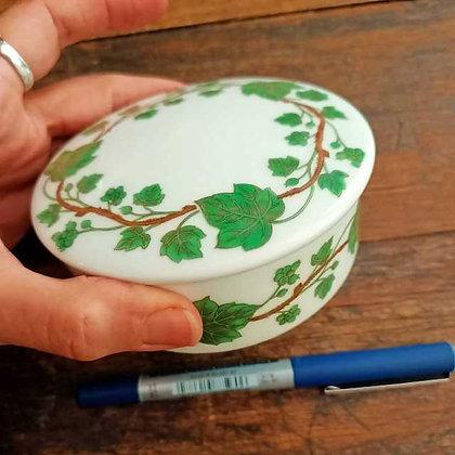 Limoges Porselen Kutu(Çap:10cm,Yükseklik:4cm)