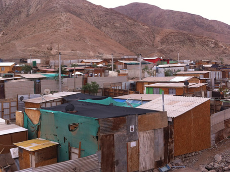 Vivir en campamento: derechos vulnerados y la ciudad que excluye.