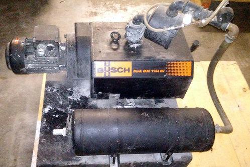 USED BUSCH MINK MM1144.AV03.1001 VACUUM PUMP W/ PRESSURE TANK & FILTER