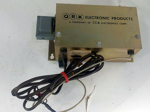 USED QRK ELECTRONIC TURNTABLE PRE-AMPLIFIER POWER SUPPLY