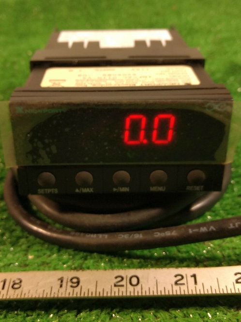 NEW NEWPORT INFCAC-0110-V5 RMS VOLTAGE METER