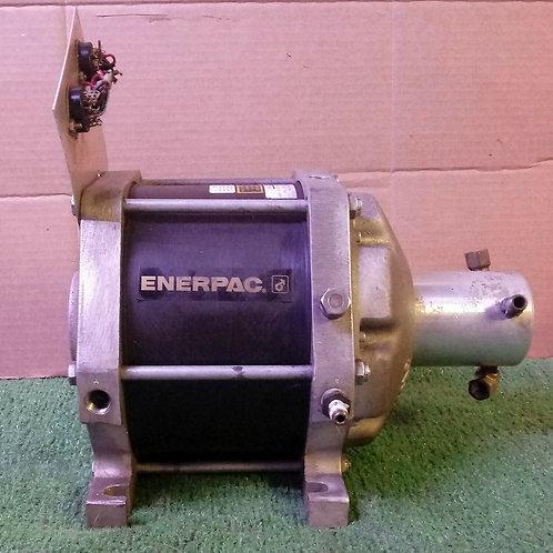 USED ENERPAC B-3304 DGOC AIR HYDRAULIC BOOSTER INTENSIFIER