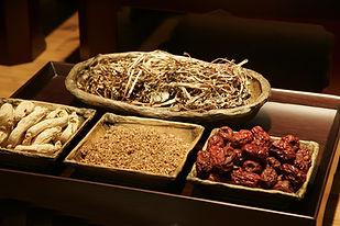 chinese-medicine-2178253_1920.jpg
