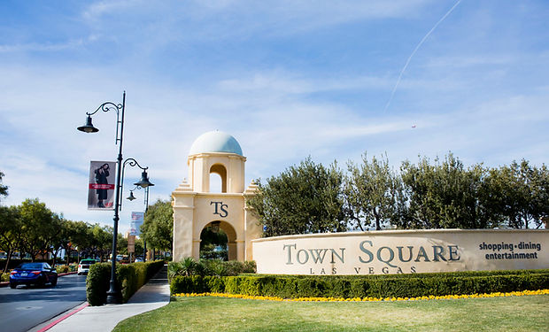 web1_townsquare-jan31-17_013017eb_003_78