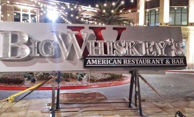 big-whiskeys-las-vegas-sign.jpg