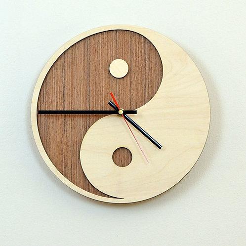 """Часы """"Инь Янь"""""""